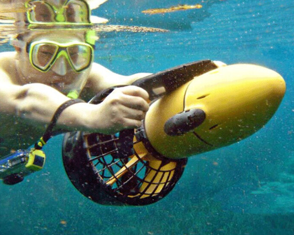 Sea Scooter Underwater Propeller Diving Equipment with Battery