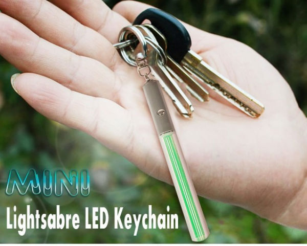 Mini Portable Green Lightsabre LED Keychain With 4 x AG3