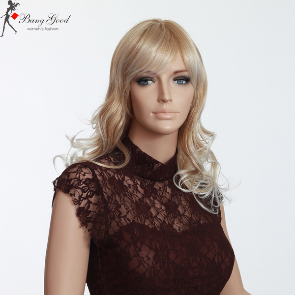 Medium Long Curly Blond Wigs With Bangs