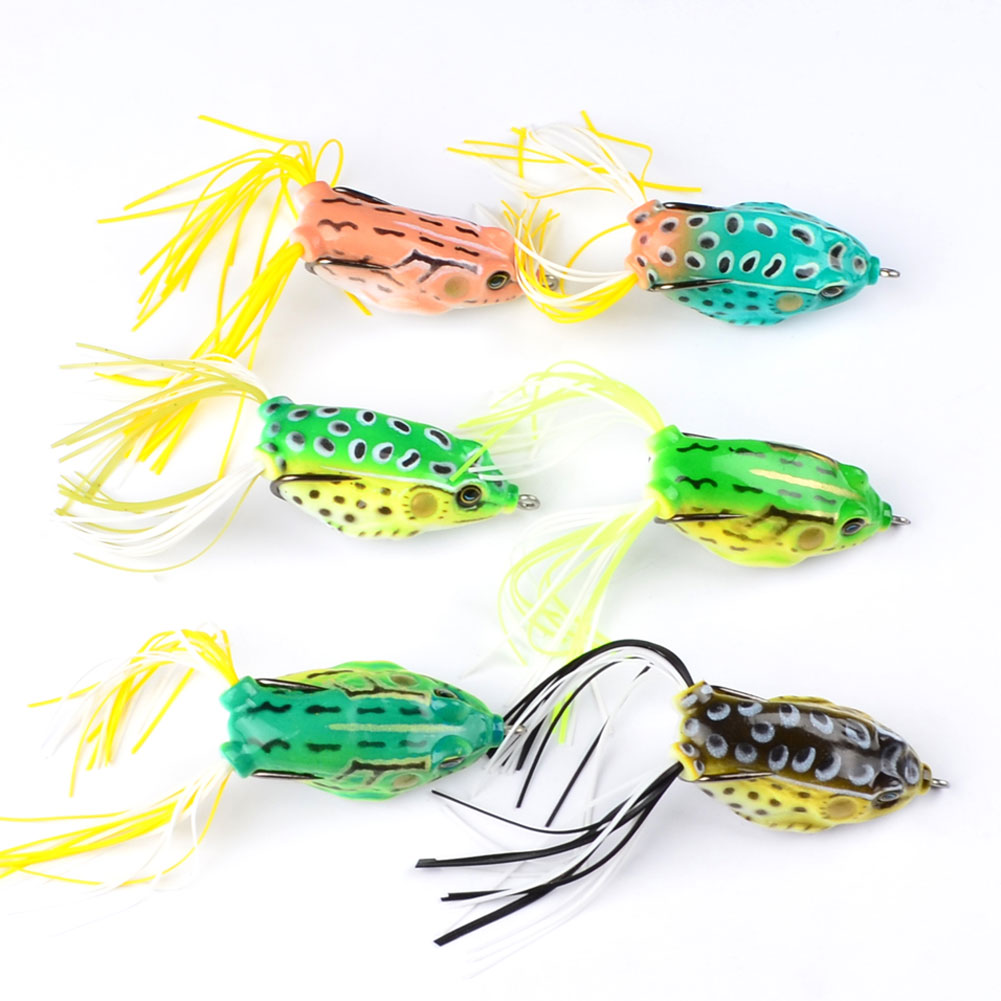 New Classic Frog Fishing Lure Crank Bait Tackle Bass Hook 6cm 13.42g