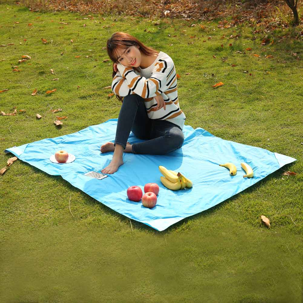 Beach Mat: Outdoor Multifunction Portable Foldable Picnic Camping