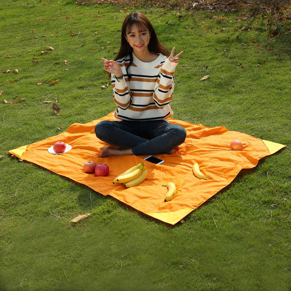 Picnic Blanket: Outdoor Multifunction Portable Foldable Picnic Camping